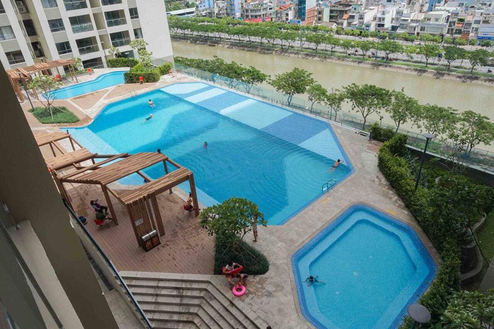 Hồ bơi căn hộ The Gold View